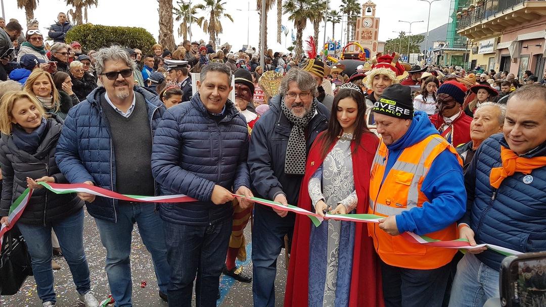 Loano Carnevaloa Toti 03