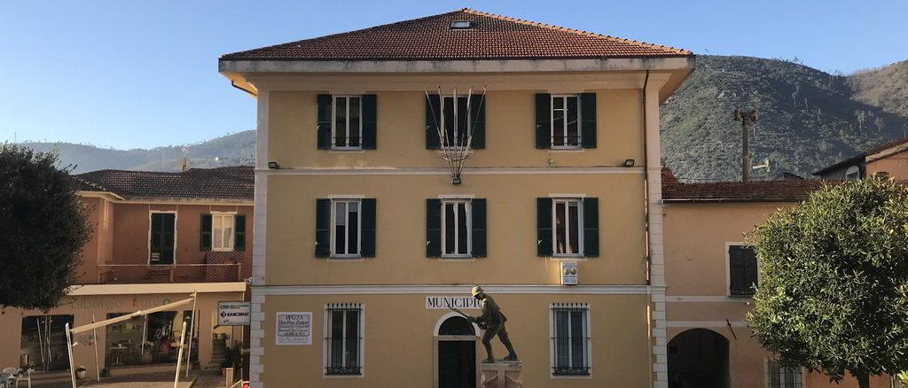 Il Municipio di Tovo San Giacomo