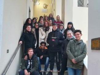Studenti istituto Falcone