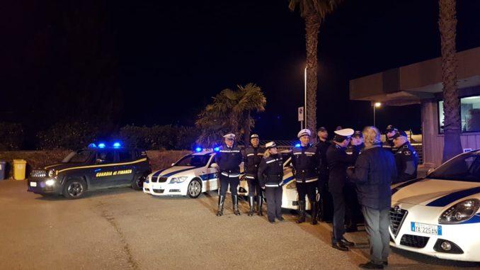 Polizia locale Albenga e Guardia di Finanza