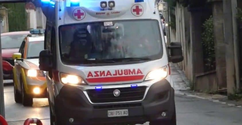 Ambulanza della CRI