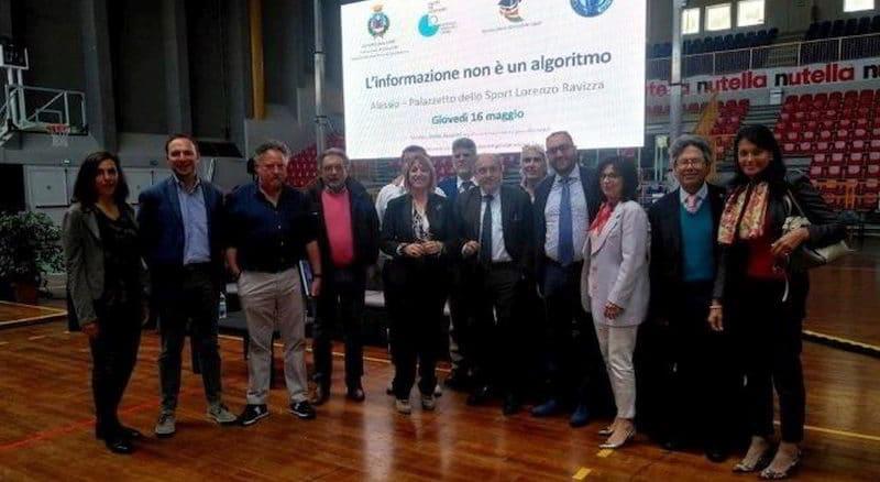 Claudio Almanzi a un convegno ad Alassio ordine giornalisti Liguria