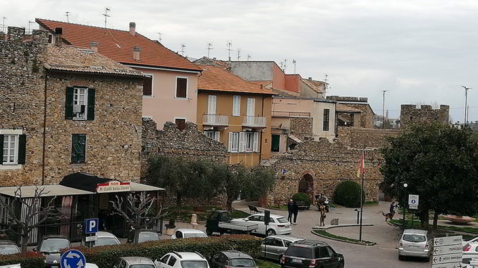 Vista di Villanova d'Albenga