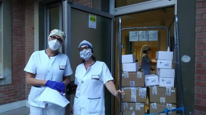 Donazione associazione Chicchi di riso per Ospedale di Savona
