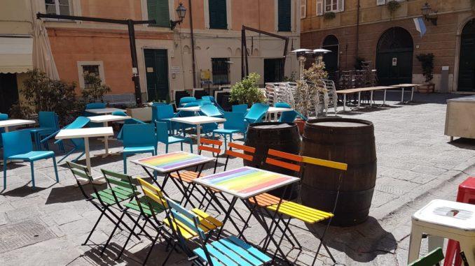 Piazza delle Erbe ad Albenga