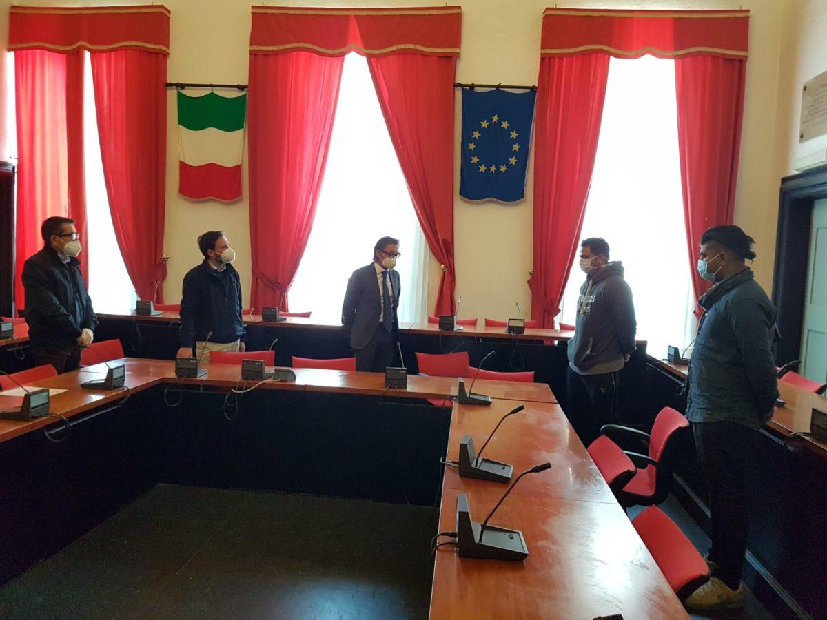 comunità indiana donazione ad Albenga 03