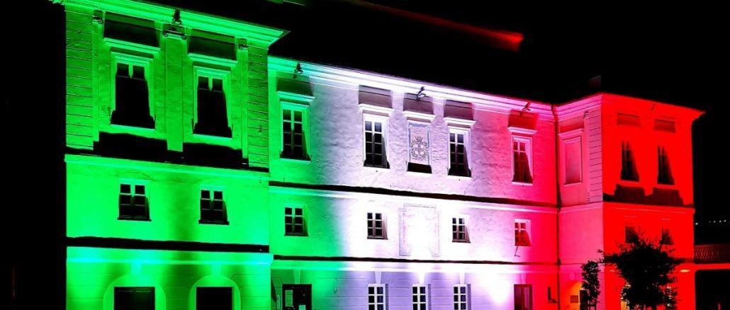 Andora Palazzo Tagliferro in tricolore