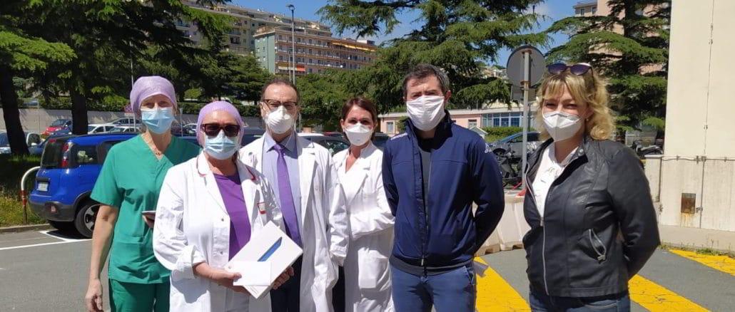 Consegna tablet a ospedale San Paolo di Savona