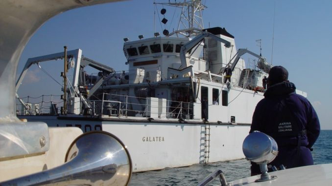 La nave idrografica Galatea