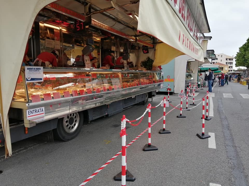 mercato alimentari Albenga