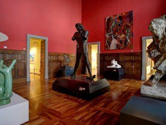 Sala dei Maestri della scultura del Novecento del Castello Gamba_©Carola Allemandi per Teca edizioni