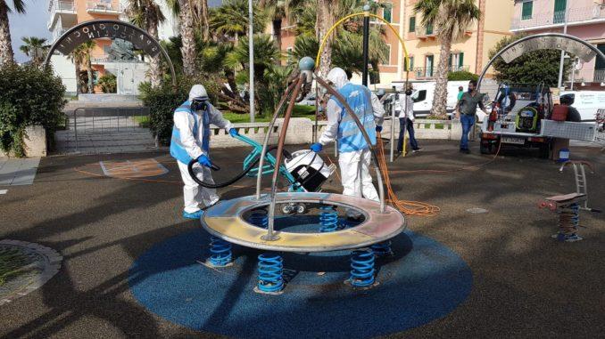 Sanificazione parchi di Loano