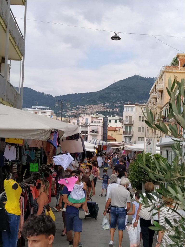 Alassio Vista sul mercato