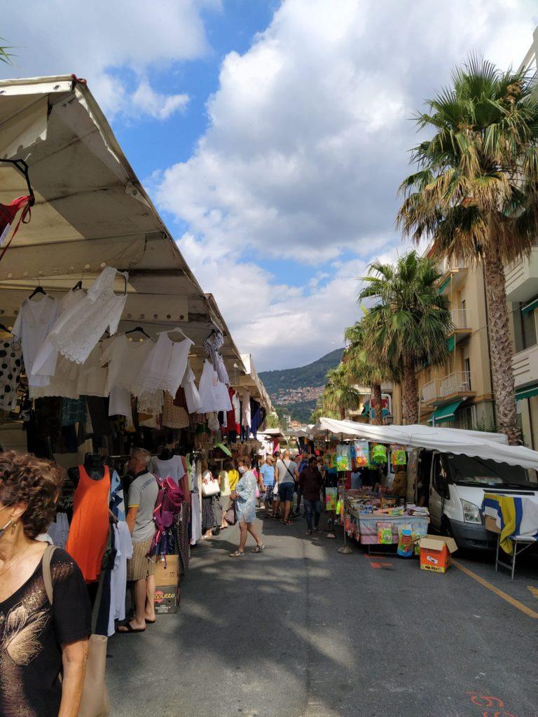 Alassio vista sul mercato1