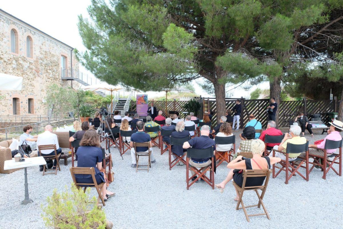 Savona - Presentazione Opera Giocosa Contaminazioni liriche