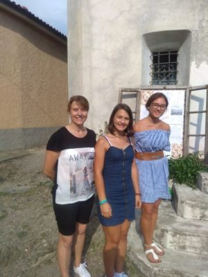 Alessandra Comparato con le volontarie del FAi (Foto Daros)