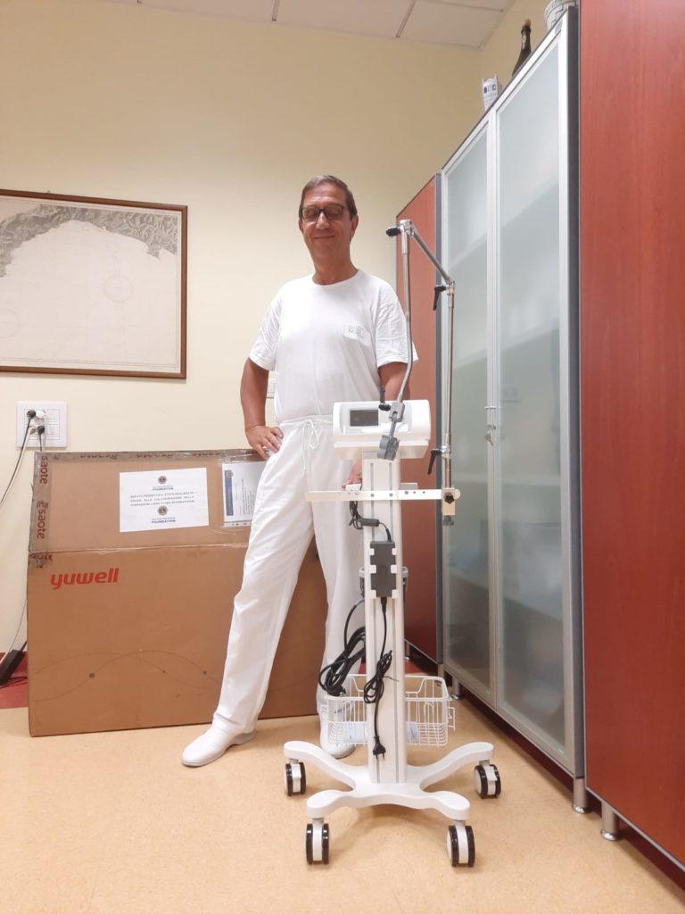 Lions Club - donazione ventilatore polmonare a ospedale di Albenga