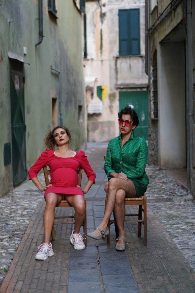 Maniaci d'Amore - Siede la terra - foto di Marco Ragaini