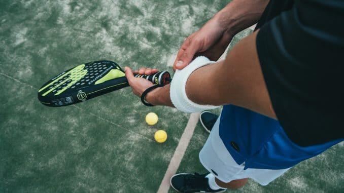 campo da tennis e paddle