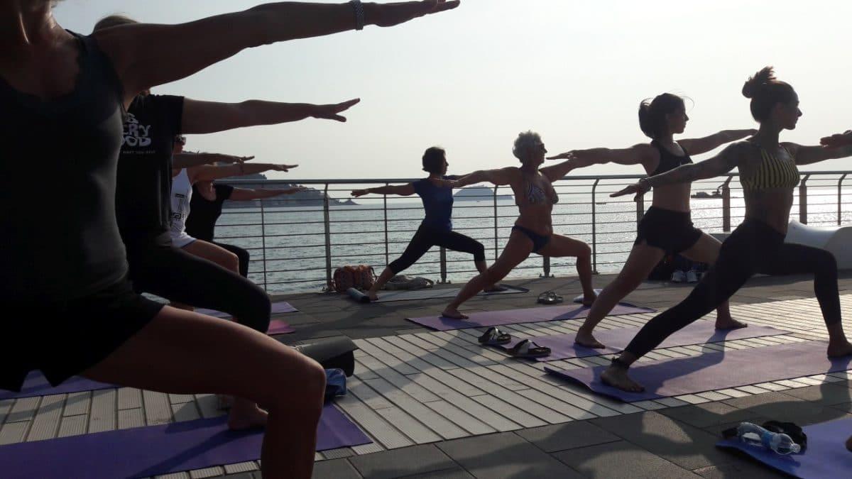 Free Yoga sul Molo di Alassio