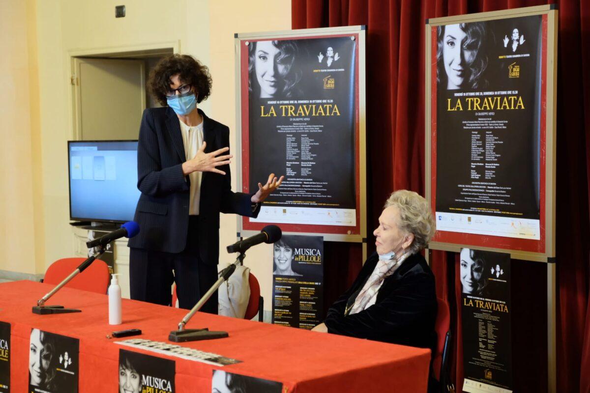 Savona - Ilaria Caprioglio e Renata Scotto