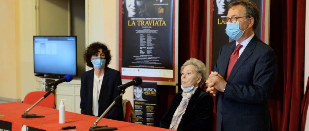 Savona - ilaria caprioglio renata scotto e Giovanni di Stefano