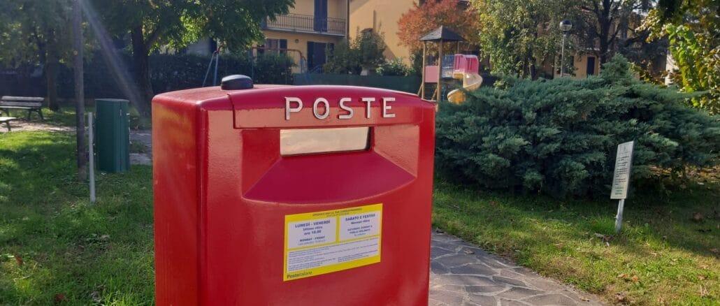 Cassetta rossa della posta