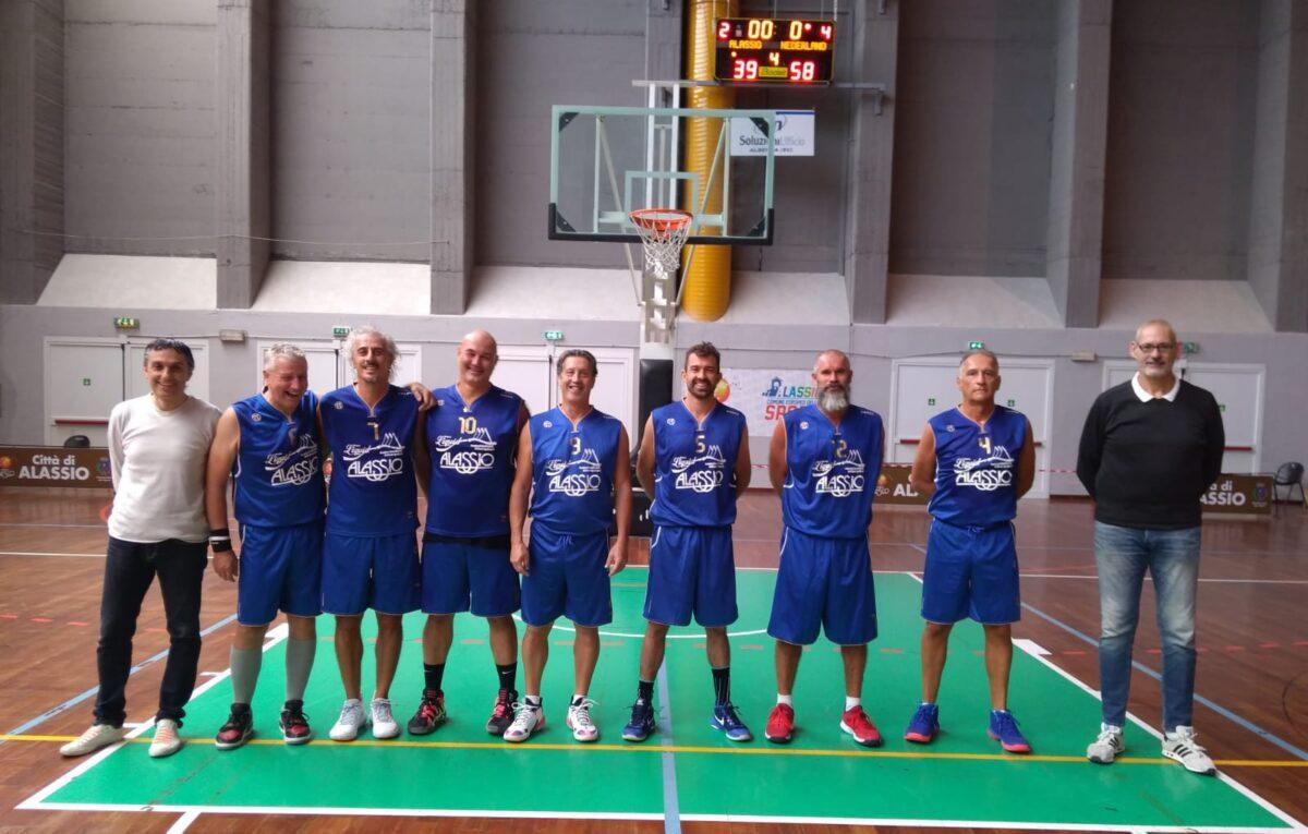 Liquid Old Boys - Basket Over 40