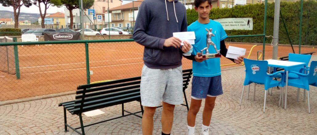 Loano tennis a sinistra Accatino e a destra il vincitore Carboni