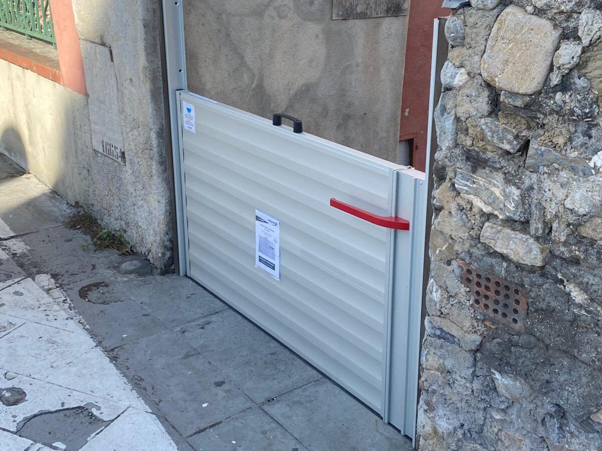 Paratie centro storico di Albenga 01