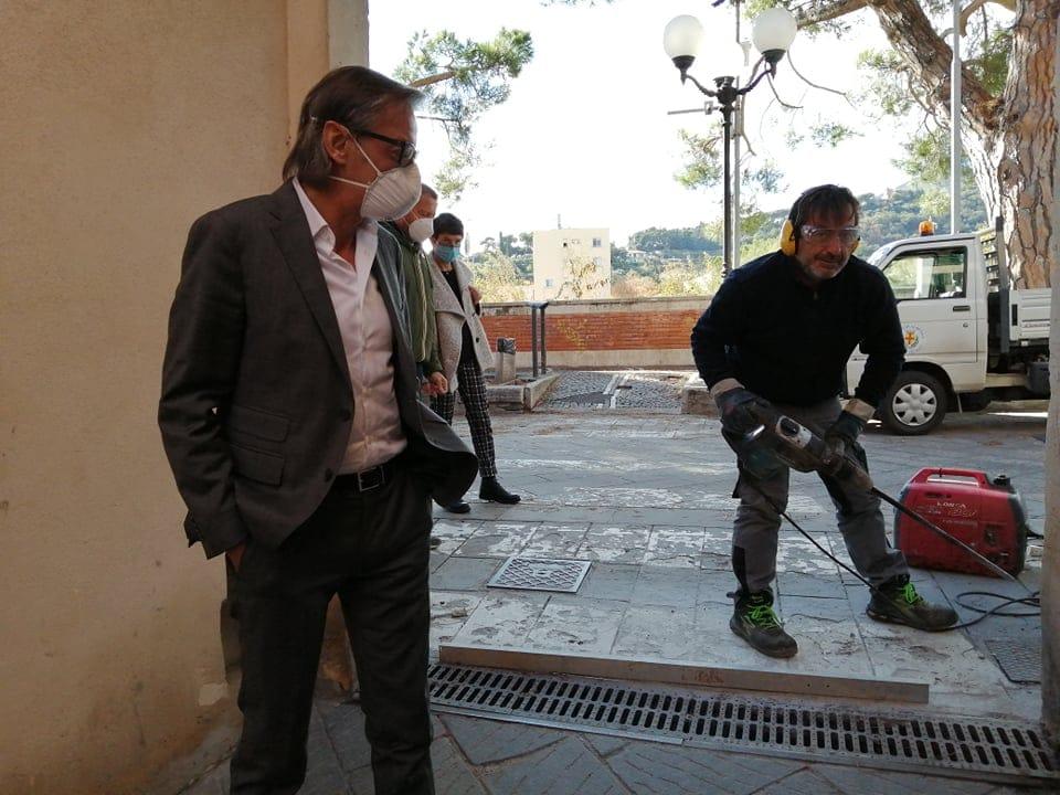 Paratie centro storico di Albenga