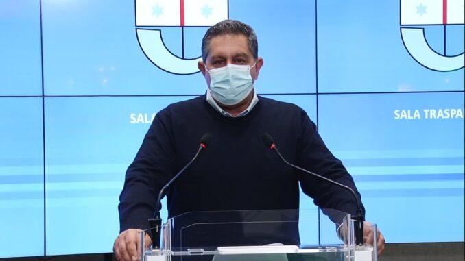 Presidente di Regione Liguria Giovanni Toti in Conferenza stampa