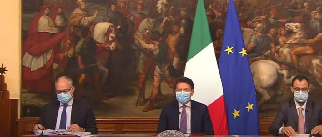 presidente Conte e ministri Gualtieri e Patuanelli