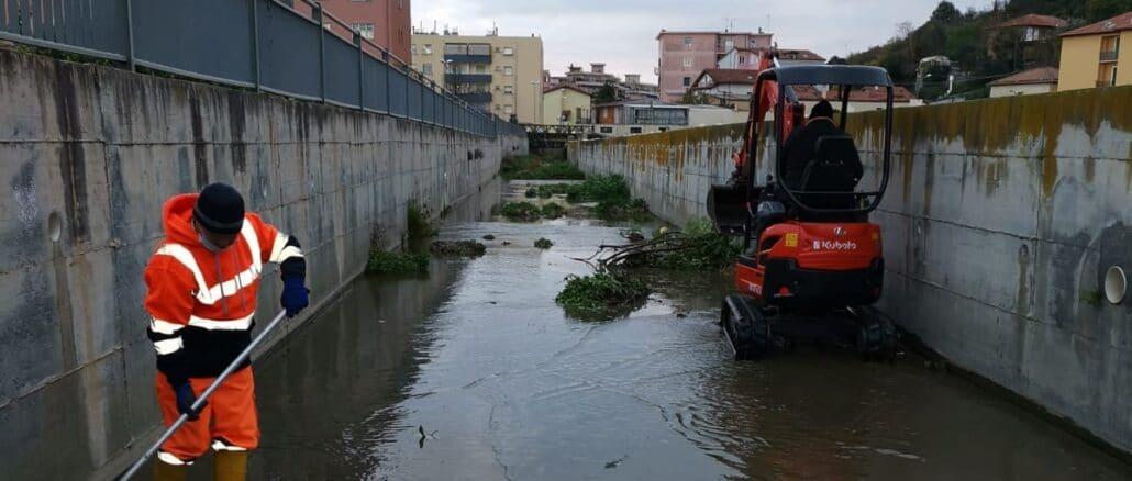 Albenga pulizia Avarenna a Vadino