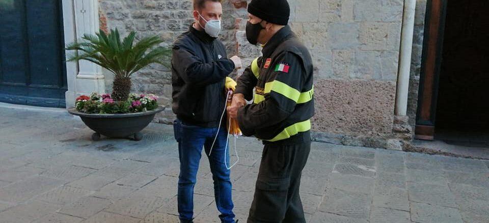 bandiera vigili fuoco Albenga