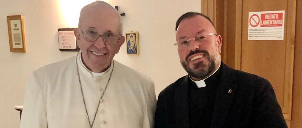 Don Gabriele Corini con Papa Francesco