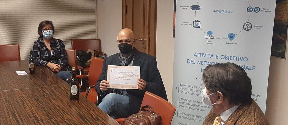 Foto consegna attestato Lupi Bazzano Mela