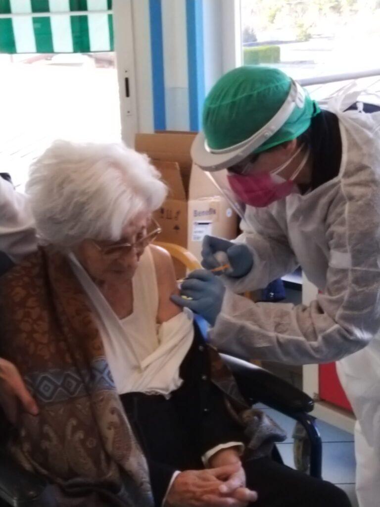 Maria Cicco Lunghi 102 anni Rsa Fondazione zitomirski di vallecrosia ASL1