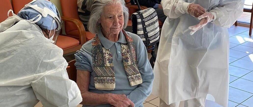 RSA Dott. Giacomo Natale ad Alassio - Vaccinazione Leonilde Vignolo
