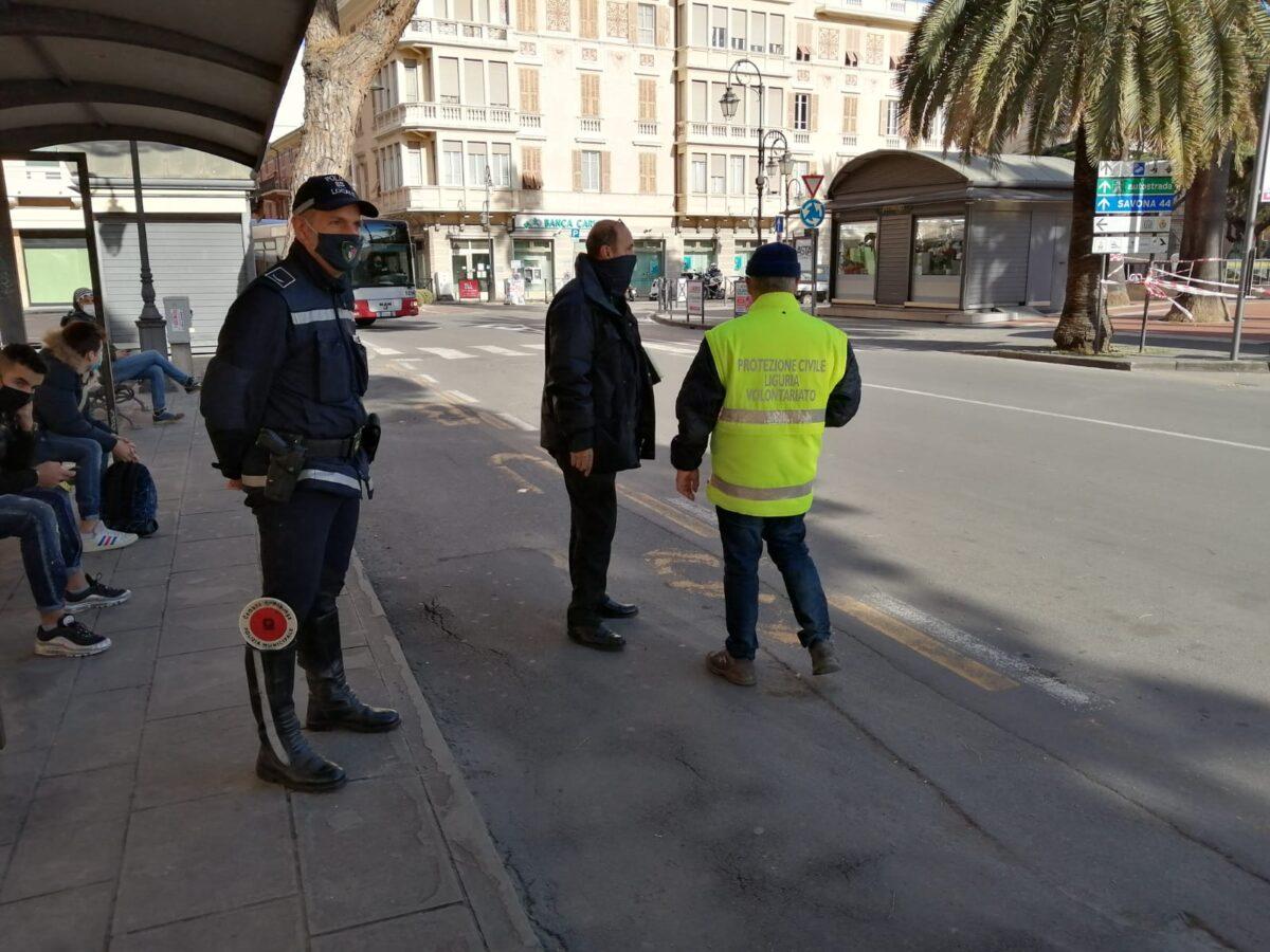 prot. civ e polizia locale alle fermate 2