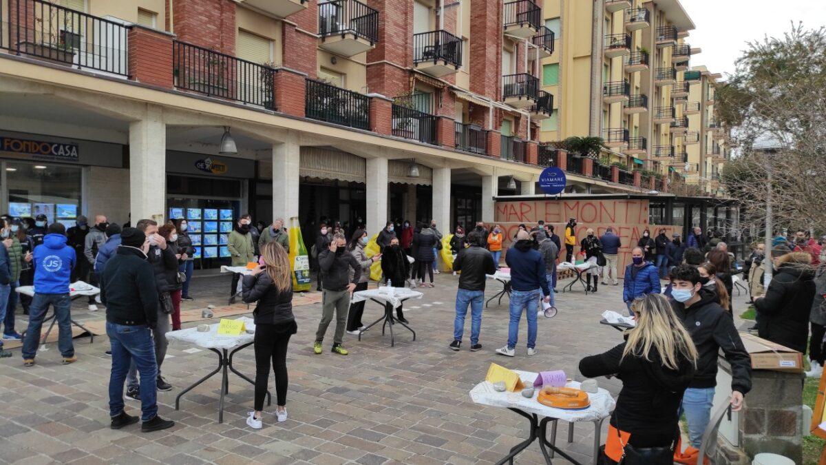 Chiusura bar e ristoranti proteste ad Andora 02