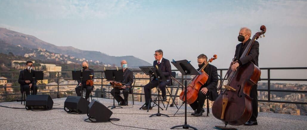 Covid Liguria Castellitto cerimonia Ospedale San Martino 04