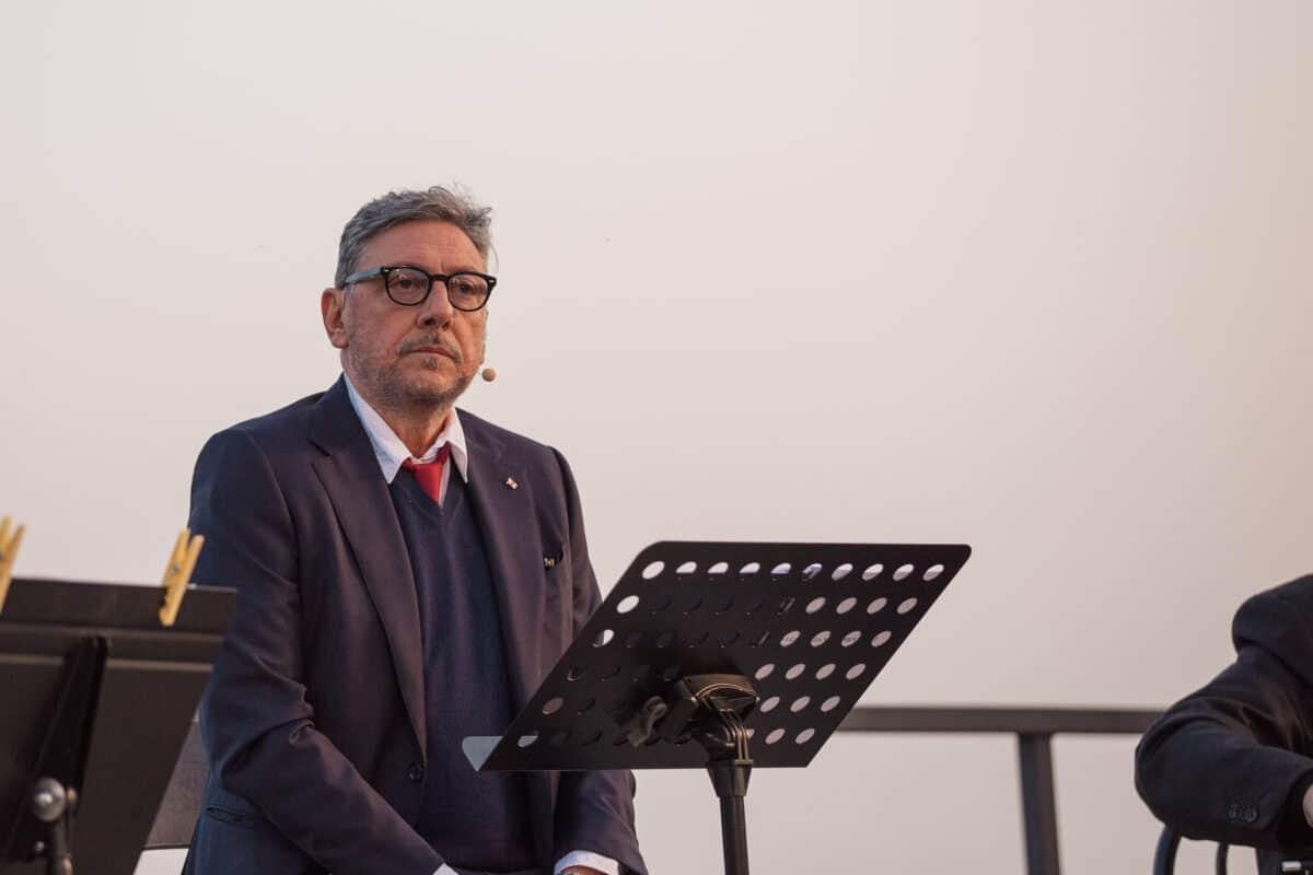 Covid Liguria Castellitto cerimonia Ospedale San Martino 18