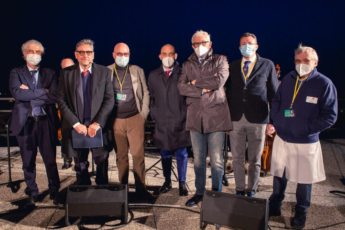 Covid Liguria Castellitto cerimonia Ospedale San Martino 26