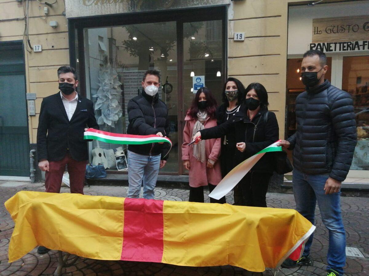 Albenga - panchina violenza donne via dei mille (