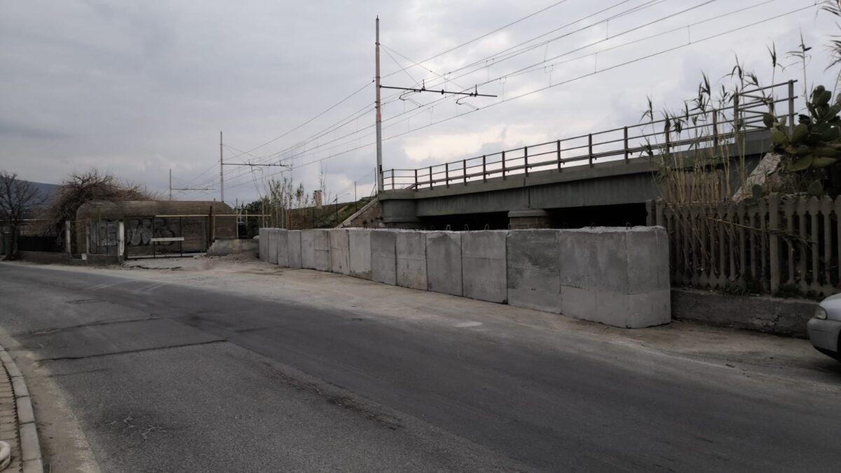 Albenga viale Che Guevara blocchi 2