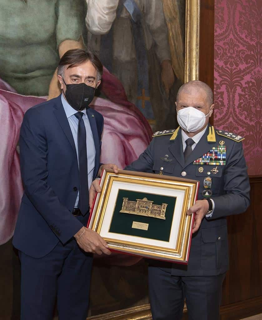 Giuseppe Lasco, Condirettore Generale di Poste Italiane e Comandante Generale della Guardia di Finanza, Giuseppe Zafarana