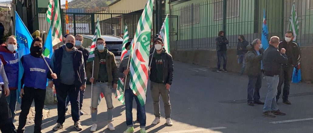 Presidio sindacale a Sanremo davanti alla sede della Doreca
