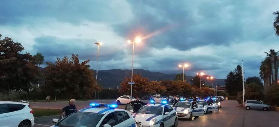 polizia locale Albenga macchine schierate