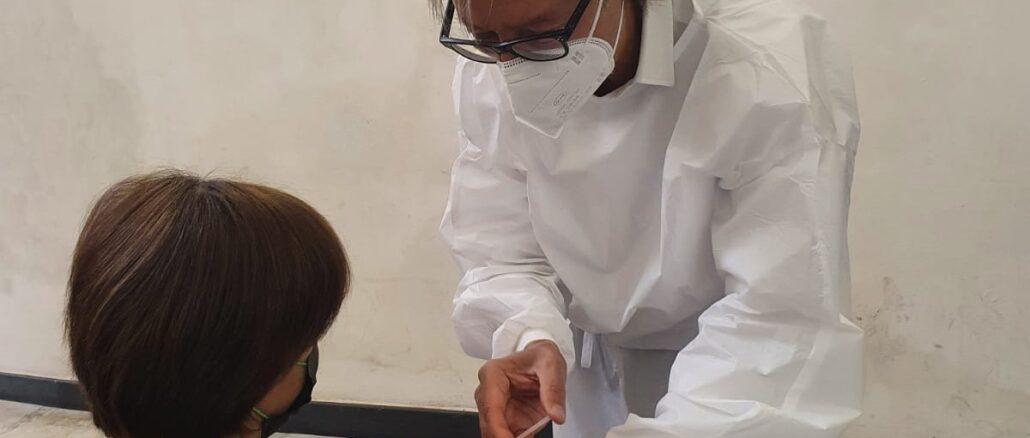 sindaco di Albenga Tomatis medico vaccini